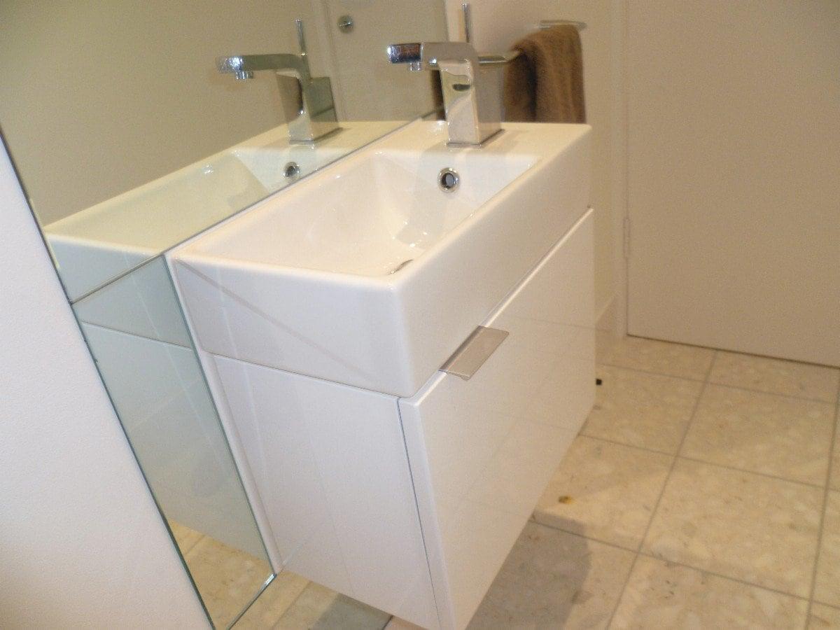 Quality budget bathroom renovations bathroom renovations for Toilet renovation design