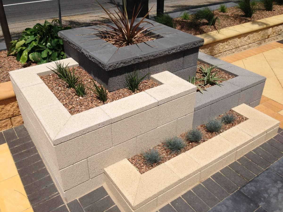 Australian paving centre kadina retaining walls 86 for Retaining walls adelaide