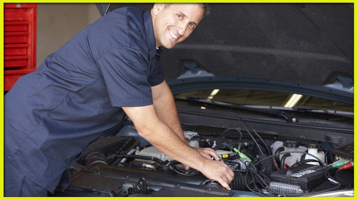 Prompt auto shops that specialize in spare parts for Renault Logan in Moscow or with delivery 74