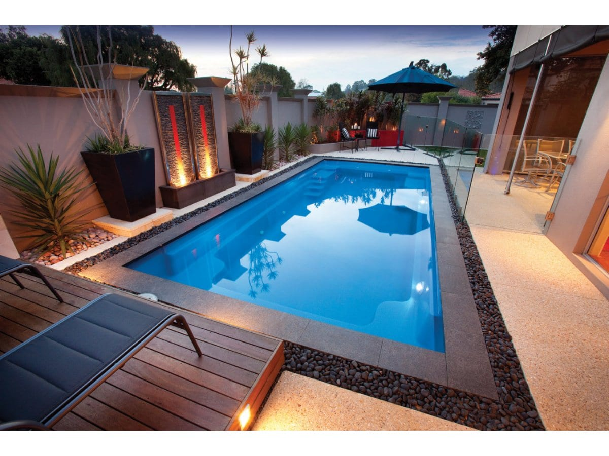 Sapphire pools swimming pool designs construction for Pool durchmesser 4 50