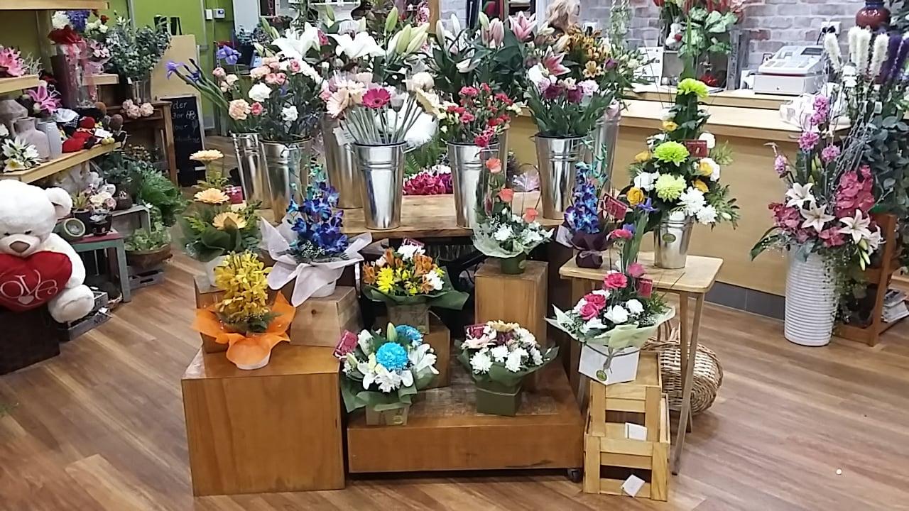 Castletown Flower Hut Florists Shop 76 35 47 Kings Rd Hyde Park