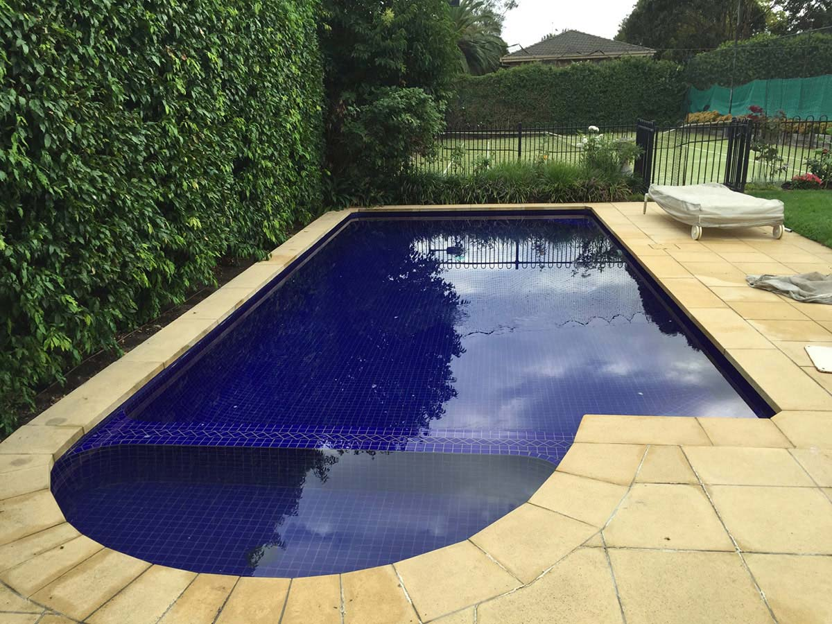 Eco pools spas swimming pool designs construction for Pool design kg