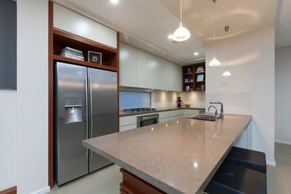 Caliber Kitchens   Pic 2 ...