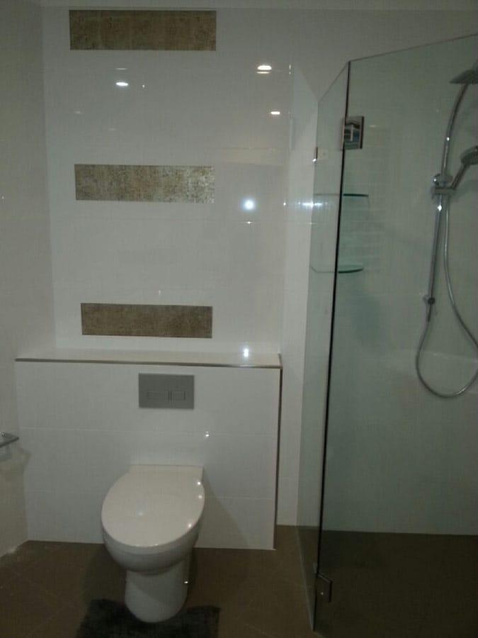 Danish bathrooms glass by jeppesen design pty ltd for Bathroom design ltd