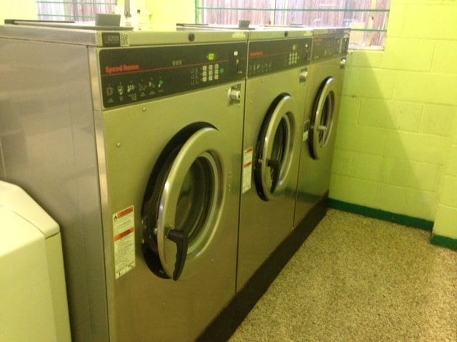 Open coin operated laundry machines : readixl ga