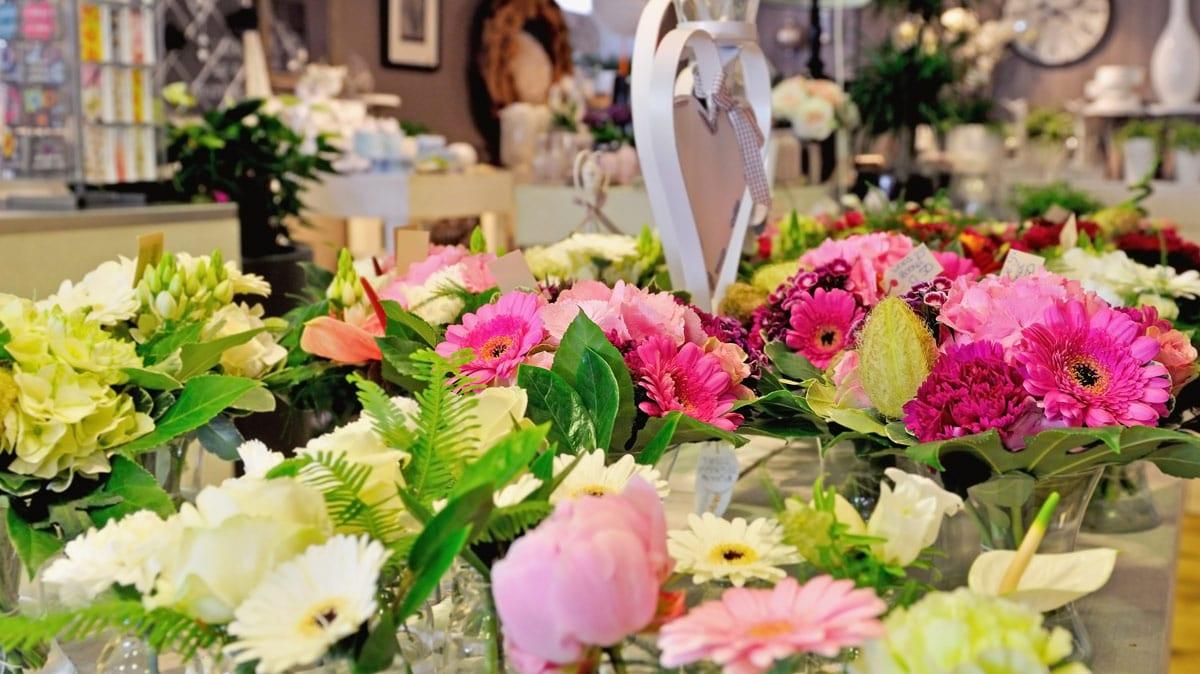 Umina Beach Flowers And Gifts Florists 281 West St Umina