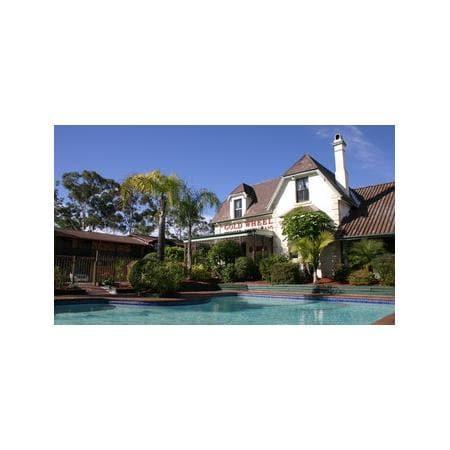 Maclin Lodge Motel Campbelltown Nsw
