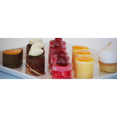 Mondells Patisserie Cakes