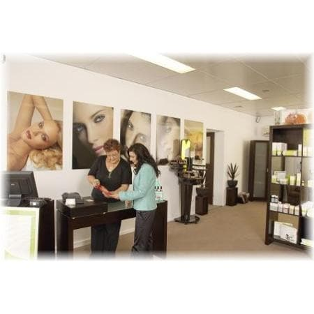 Absolute beauty beauty salons launceston for Absolute beauty salon