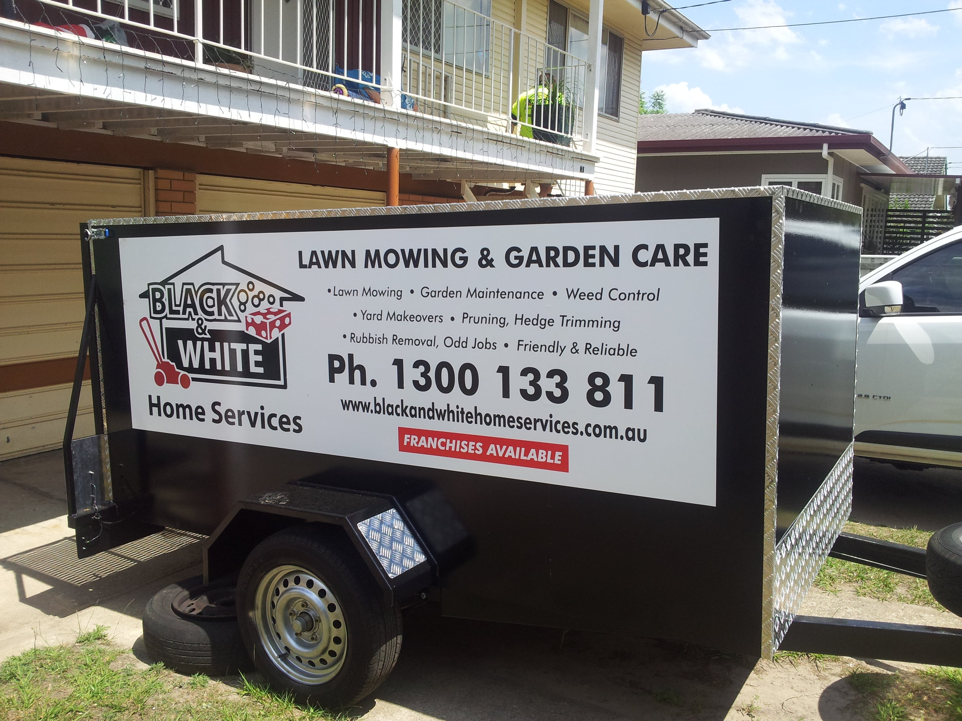 Black Amp White Home Services Home Cleaning Caboolture