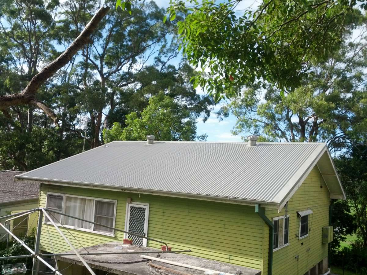 Bushland Corrugated Roofing With 300mm Whirly Birds And Half Round Gutter  Using External Brackets