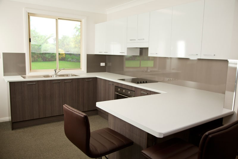 Kitchens factory direct kitchen renovations designs for Kitchens direct