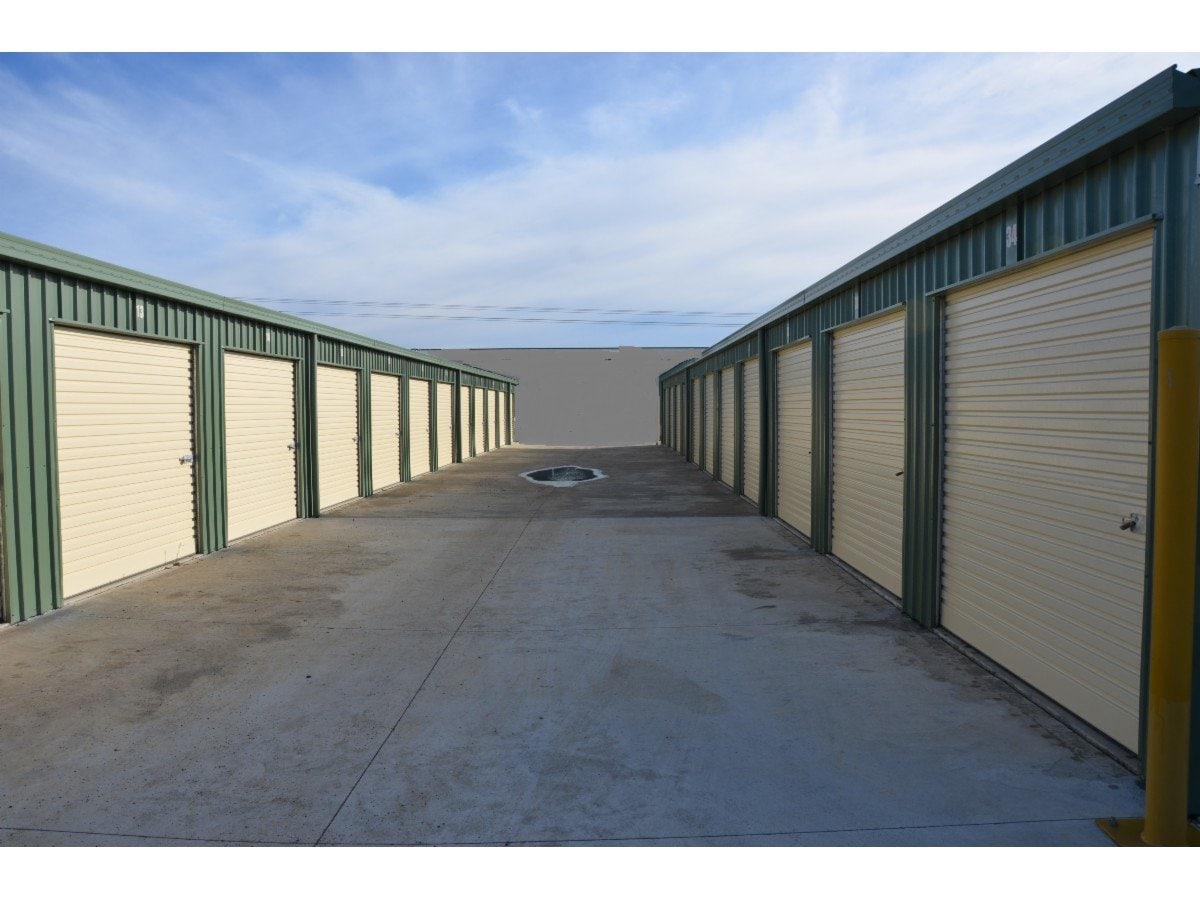 Rj Storage Units Storage Solutions 22 Toronto St Kelso & Storage Units Toronto - Listitdallas