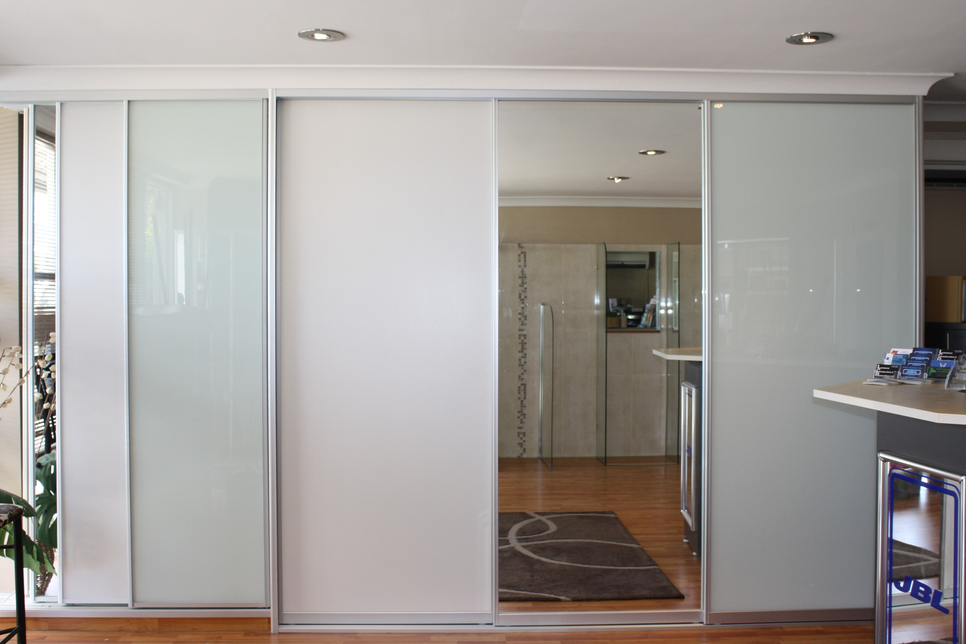Oxley Nu-Look Windows - Shower Screens - Cnr Fernhill Rd and Arcacia ...