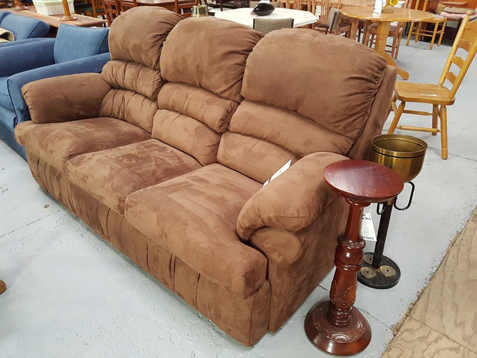 The kings collection tamworth second hand furniture 1 for Second hand schlafsofa