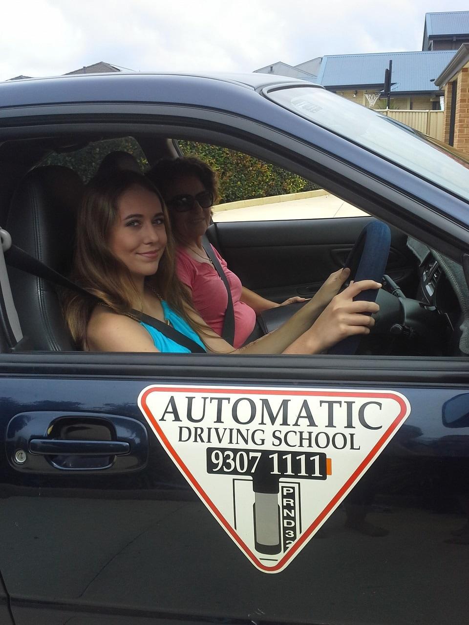 Automatic driving school on 5 beilken way clarkson wa for Motor city driving school