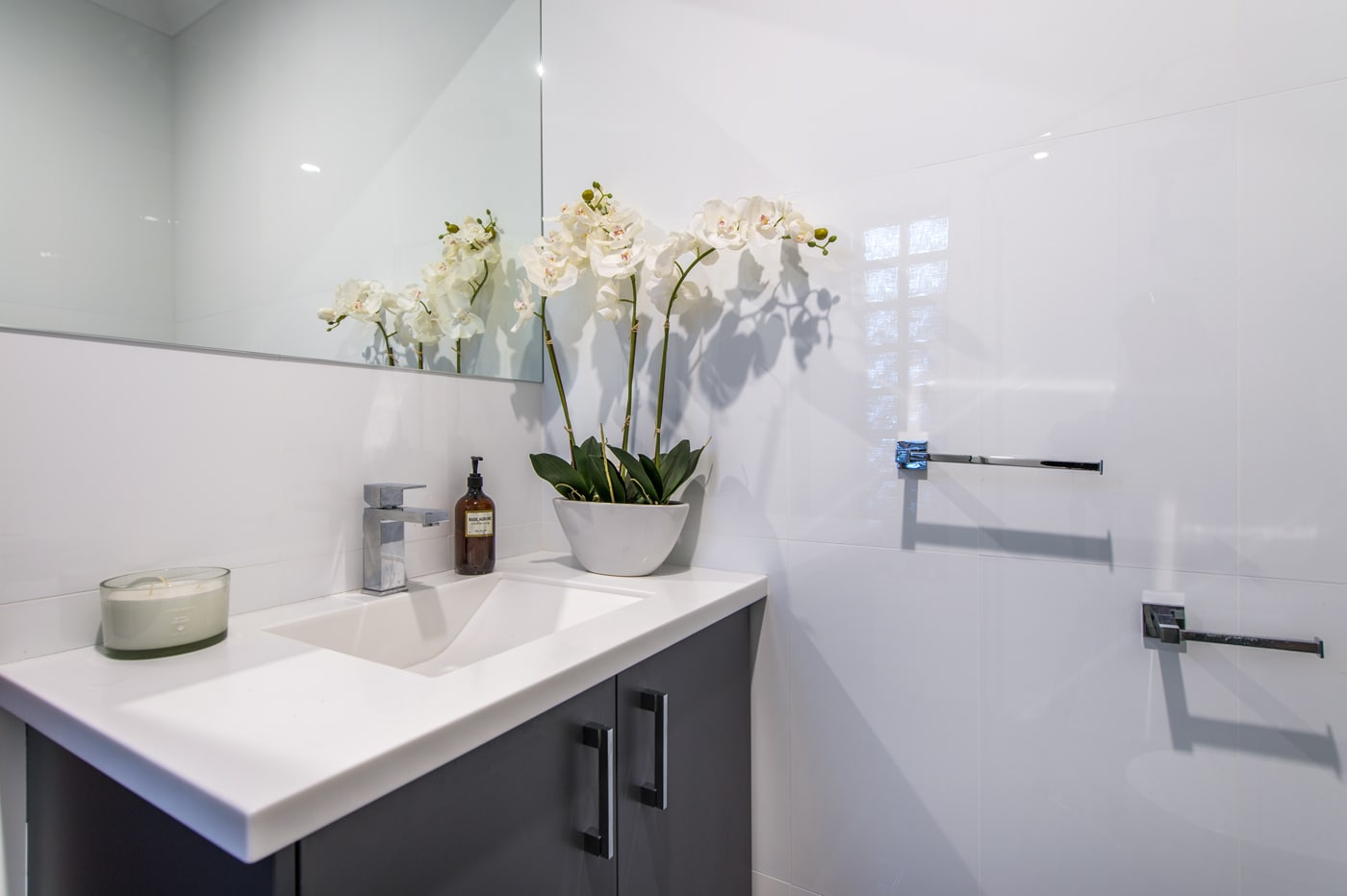 Veejay 39 s bathroom renovations designs osborne park for Bathrooms osborne park