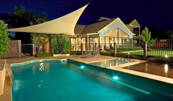 Queensland pool inspections on 13 forester pl kallangur for Pool design queensland