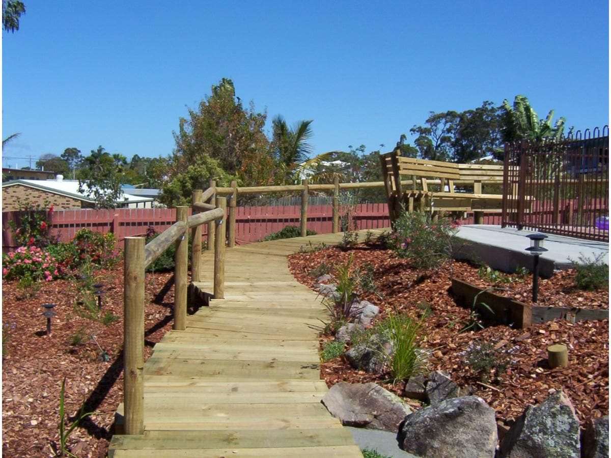 Olsen designs landscaping on hervey bay qld 4655 whereis for Garden design qld