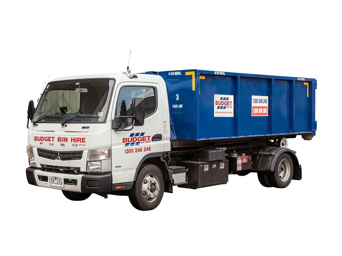 Clevedon Skip Hire Tel we offer Domestic and Commercial 2 yard, 3 yard, 4 yard, 6 yard, 8 yard, 10 yard and 12 yard skips in Clevedon.