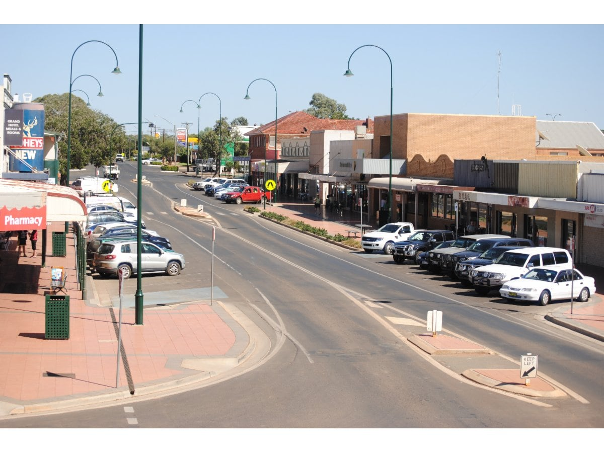 Cobar Town Country Motor Inn Motels 52 Marshall St