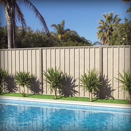 Stratco fencing materials 30 mccombe rd davenport for East boundary road swimming pool