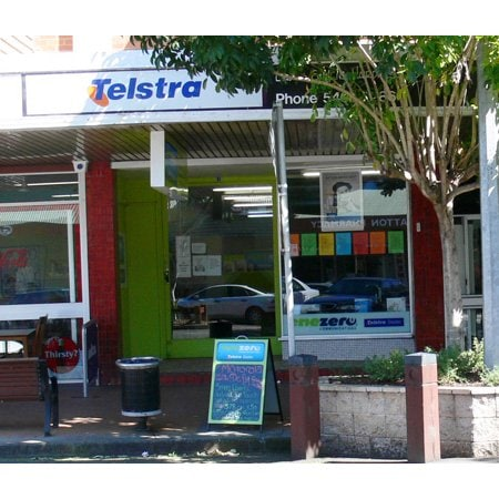 how to become a telstra partner