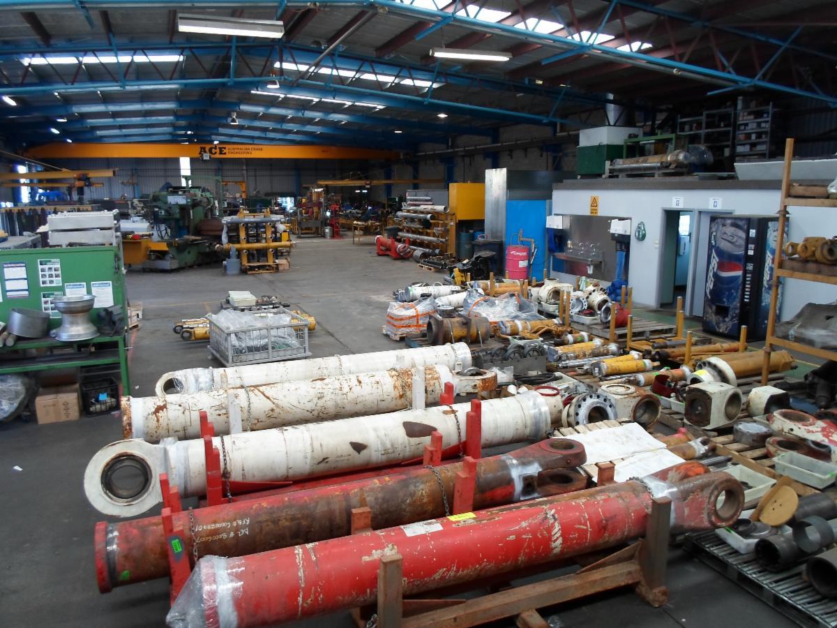 Overhead Cranes Queensland : Bmi engineering excavation earth moving equipment