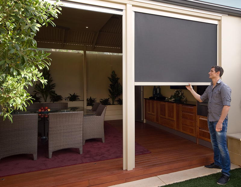 Complete blinds awnings on 122 jellicoe st toowoomba qld 4350 whereis - Blind patio goedkope ...