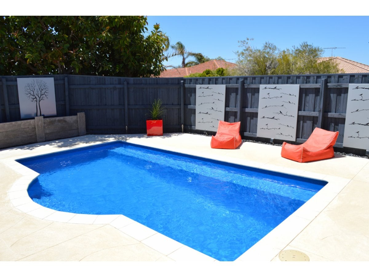 Buccaneer swimming pools swimming pool designs for Swimming pool construction design