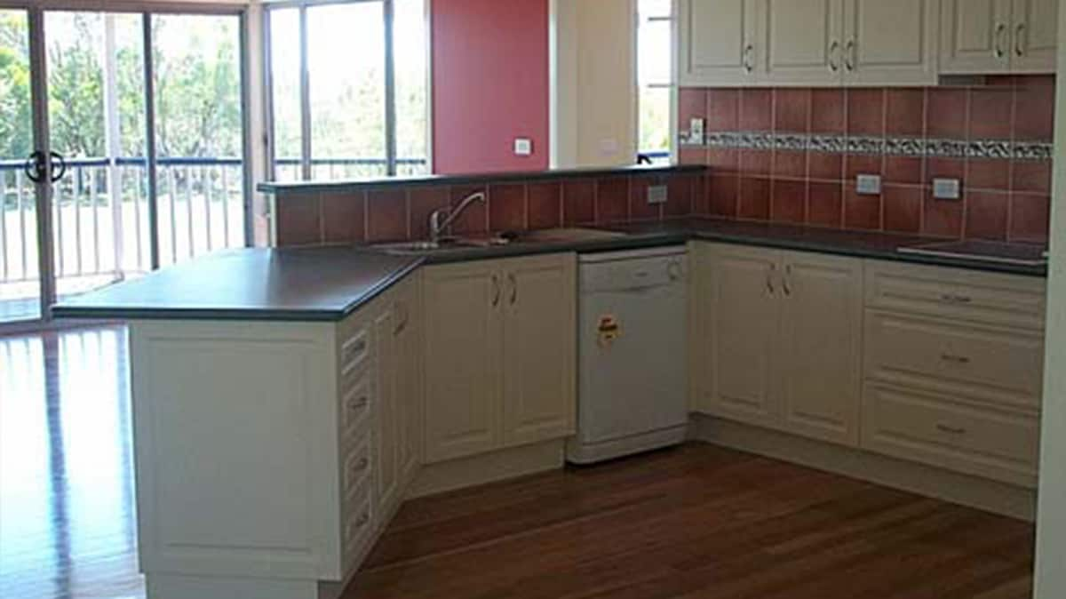Jamestown Designer Kitchens G K Cabinets Kitchen Renovations Designs 16 Uki St Yamba
